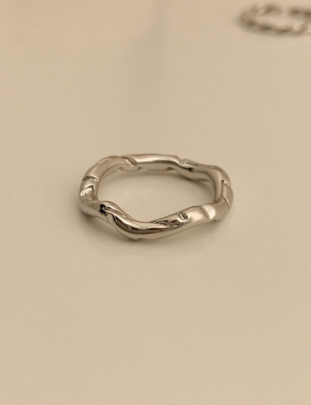 (silver 92.5) Vintage cutting wave ring