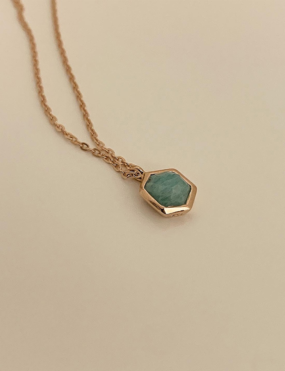 (silver 92.5) Gemstone angle necklace