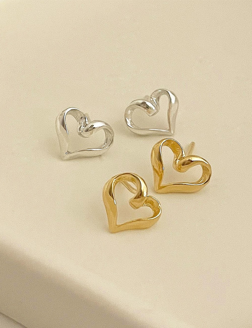 (silver 92.5) Heart wave line earring