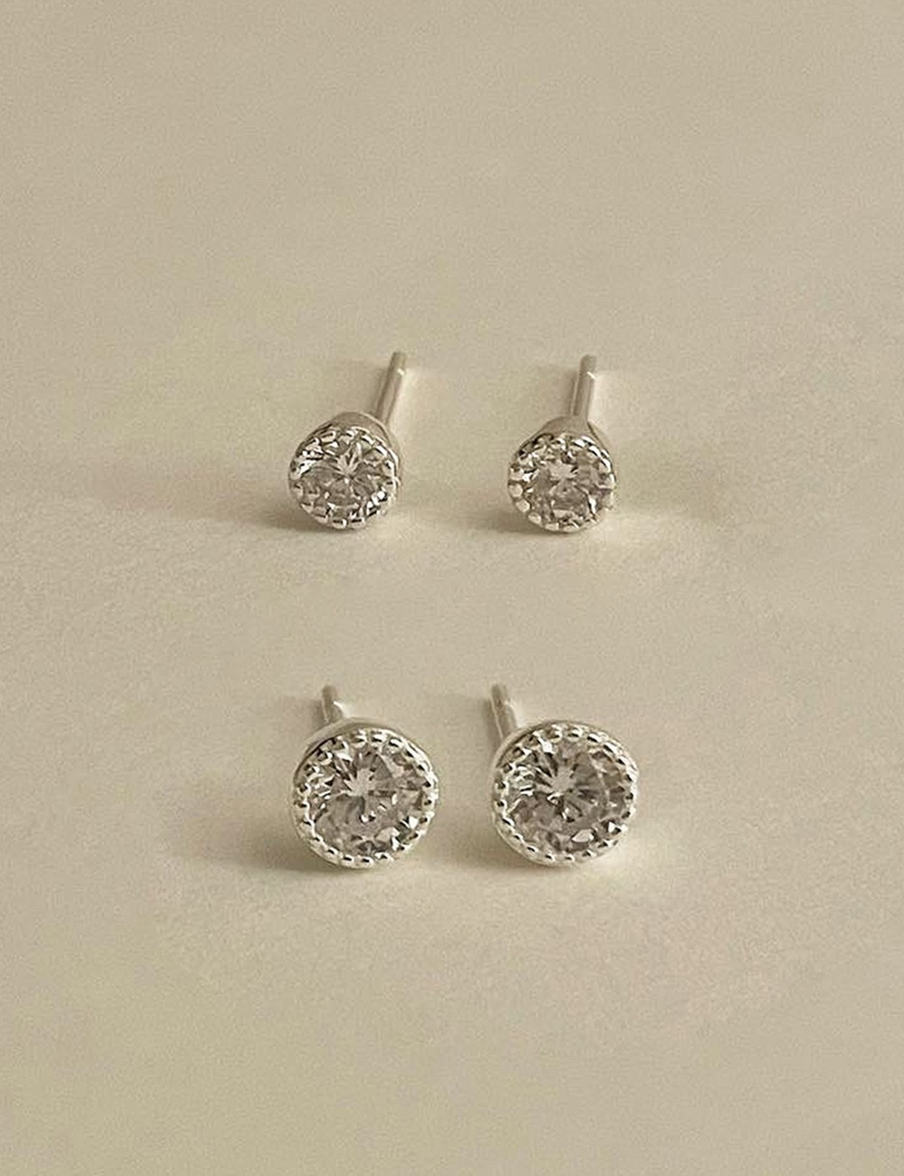 (silver 92.5) Round cubic earring