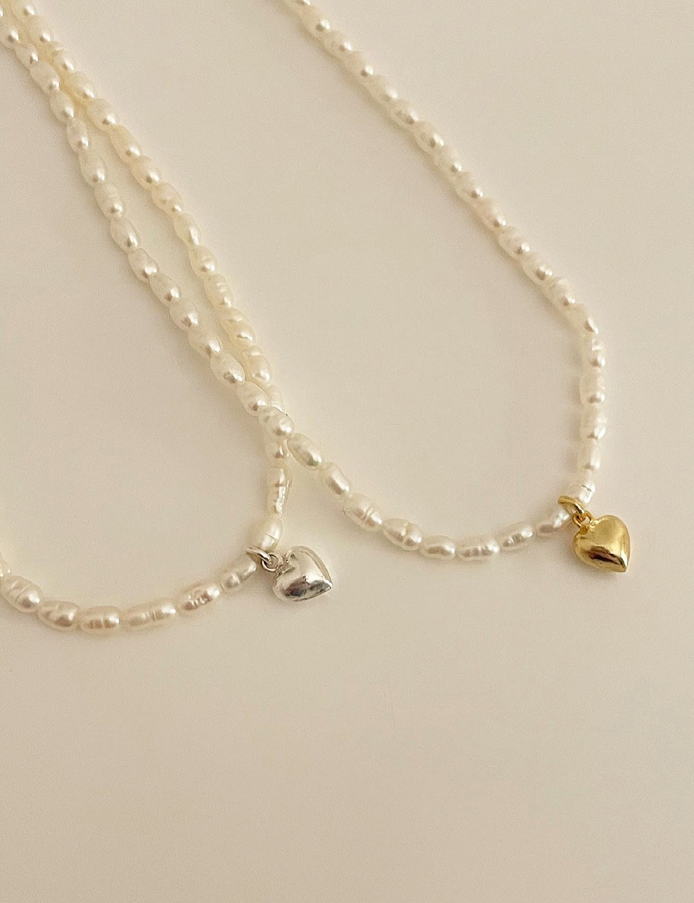 Mini heart pearl necklace