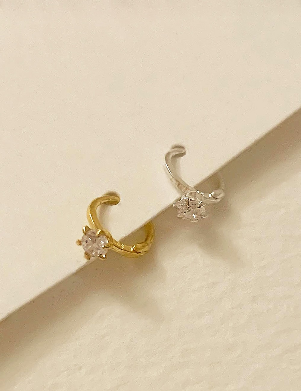 (silver 92.5) One cubic ring earring